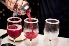 Kühle rote Cocktails lizenzfreies stockbild
