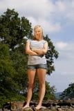 Kühle schöne blonde Jugendliche Stockbild