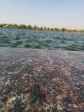 Kühle Wellen des blauen Wassers Lizenzfreie Stockfotos