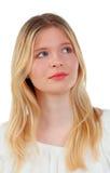 Kühles blondes Mädchendenken Lizenzfreies Stockfoto