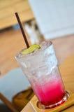 Kühles rosa Zitronensodamenü Lizenzfreies Stockbild