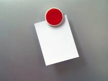 Kühlschrank-Magnet und leere Anmerkung stockfoto
