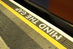 Kümmern Sie sich um Gap, London-Untergrund Lizenzfreies Stockfoto