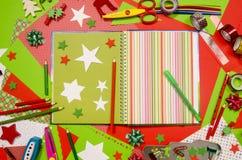 Künste und Handwerksversorgungen für Weihnachten Stockfotos