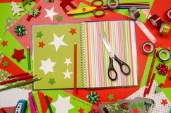 Künste und Handwerksversorgungen für Weihnachten Stockfoto