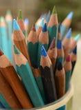 Künstler farbige Bleistifte Stockbild