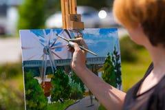 Künstler schmerzt Sommerpark Lizenzfreies Stockbild