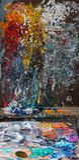 Künstler-unordentlicher Farbpalettenkasten stockbild