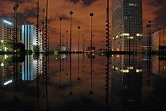 Künstlerische Reflexion bis zum Nacht Stockfotografie