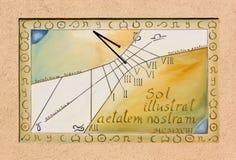 Künstlerische Sonnenuhr in Aiello Del Friuli Lizenzfreie Stockfotos