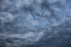 Künstlerische Wolken lizenzfreie stockbilder