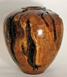 Künstlerische Zahl des Süßhülsenbaum-hölzernen Vase Lizenzfreie Stockbilder