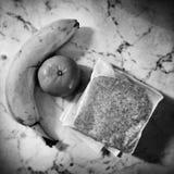 Künstlerischer Blick des Morgenfrühstücks in Schwarzweiss Stockbilder