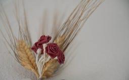 Künstlerischer Blumenaufbau lizenzfreie stockbilder