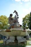 Künstlerischer Brunnen lizenzfreies stockfoto