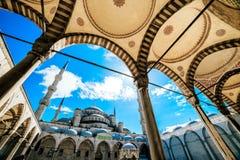 Künstlerischer Winkel blauer Moschee Istanbuls Stockfotos