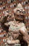 Künstlerisches Buddhistschnitzen Lizenzfreie Stockfotografie