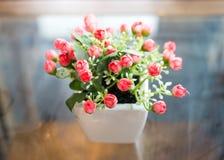 künstliche Blume der Dekoration Stockfotos