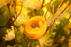 Künstliche Blumen, sehr lebensecht lizenzfreie stockfotografie