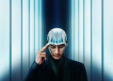 Künstliche Intelligenz, die zusammen mit menschlichem Konzept, Bus arbeitet Stockfoto