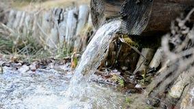 Künstlicher Wasserfall stock video