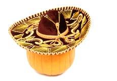 Kürbis, der einen Sombrero trägt Stockfotografie
