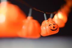 Kürbis-Halloween-Girlande Stockbilder