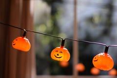 Kürbis-Halloween-Girlande Lizenzfreies Stockfoto