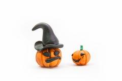 Kürbislehm , Halloween auf weißem Hintergrund Lizenzfreie Stockfotos