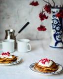Kürbispfannkuchen zum Frühstück Lizenzfreie Stockfotografie