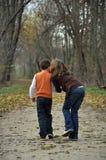 Küssen im Fall Lizenzfreie Stockbilder