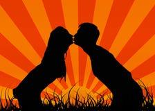 Küssen Sie einen Kerl mit einem Mädchen. Dieses ist Liebe. lizenzfreie abbildung