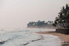 Küste an den tropischen Ferien stockfoto