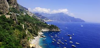 Küste Italiens, Amalfi lizenzfreie stockfotos