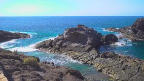 Küste in Teneriffa und in Atlantik stock video
