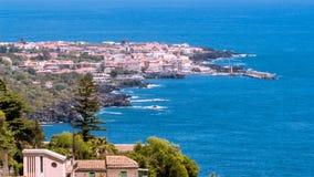 Küste von Acireale in Sizilien Lizenzfreie Stockfotografie