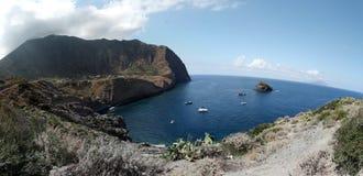 Küste von Pollara Lizenzfreie Stockfotos