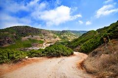 Küste von Sardinien, von Meer, von Sand und von Felsen Stockbild