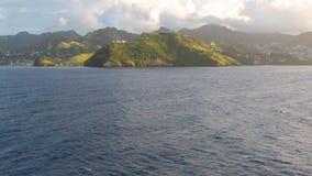 Küste von tropischer Insel Clare Valley, Heiliges Vincent und Grenadinen stock video