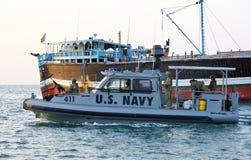 Küsten- Sicherheit US-MARINE, die im Hafen von Dschibuti patrouilliert Lizenzfreies Stockbild