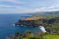 Küstenansicht bei Santa Iria im Sao Miguel Island, Azoren, Portugal stockbilder