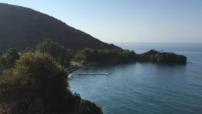 Küstenansicht von Bucht Hayitbuku und Gabaklar stock video
