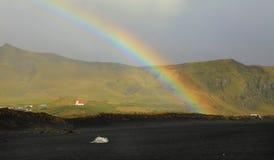 Küstenkapellen-Regenbogen Stockfotos