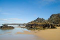 Küstenlinie an den bedruthin Jobstepps Lizenzfreie Stockfotografie