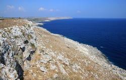 Küstenlinie der Halbinsel Salento, Süd-Italien Lizenzfreies Stockfoto