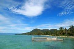 Küstenlinie der Insel stockfotos