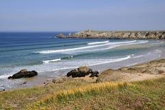 Küstenlinie des Quiberon in Frankreich lizenzfreies stockbild