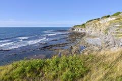 Küstenlinie am Heiligen Jean de Luz in Frankreich Lizenzfreies Stockbild