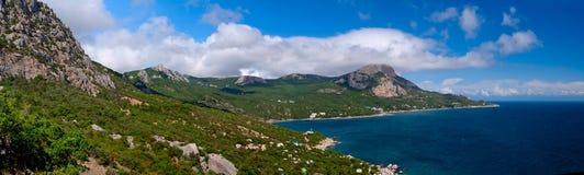 Küstenlinie in Krim. Schwarzes Meer. Ukraine. Lizenzfreie Stockfotos