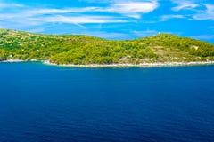 Küstenlinie in Kroatien, adriatisches Meer Lizenzfreies Stockbild